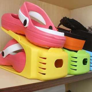 Shoe organizer each