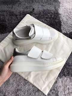 Alexander McQueen 魔術貼鞋