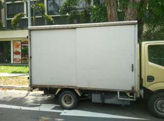 10ft lorry transportation / movers / logistic delivery