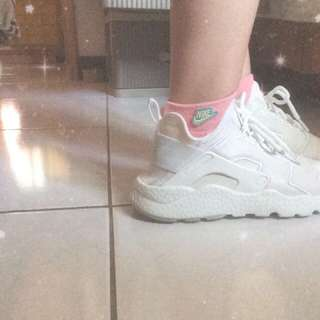 Nike 女生白武士