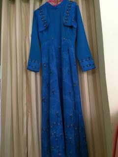 Gamis biru model