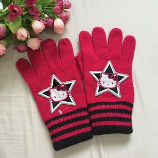 BN Auth sanrio hello kitty gloves bought in usa