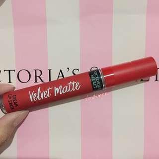 VS Victoria's Secret Velvet Matte Lip Stain (Desire)