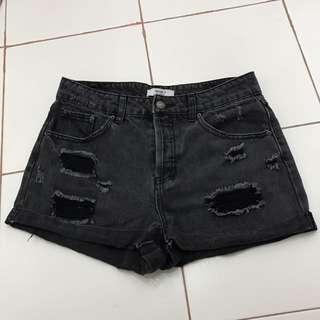 Forever 21 Black Denim Short Pants