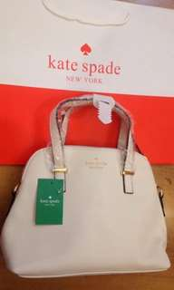 ♠ Authentic ️Kate Spade Hand/Sling Bag♠️