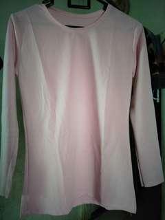 Kaos lengan panjang warna pink