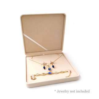 Blossom 28 Classic Jewelry Set Gift Box Red or Beige JB017