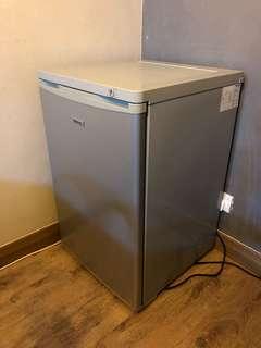 Hisense Upright Freezer HUF100D 85L