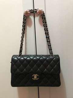 Chanel Small Classic Handbag 手袋