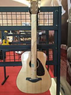 Yamaha Accoustic Guitar Junior 2 NT bisa credit cukup 199.000