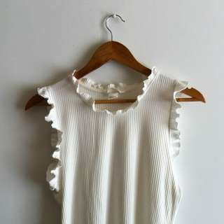 H&M Ribbed Ruffle Top