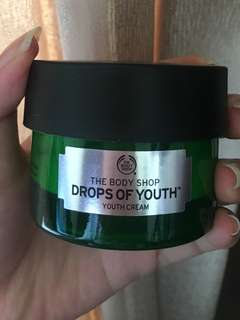 Body Shop Drop of Youth Cream