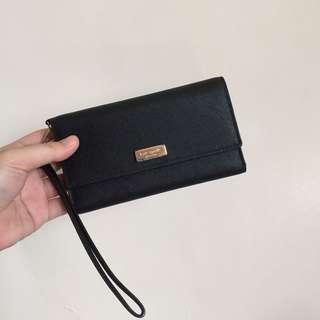 Kate Spade NY black Laurel Way Saffiano Iphone Wristlet