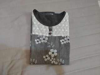 日系繡花上衣 #女裝半價
