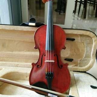 Perfromance grade 3/4 violin