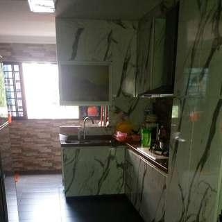 134 batok master room for rent