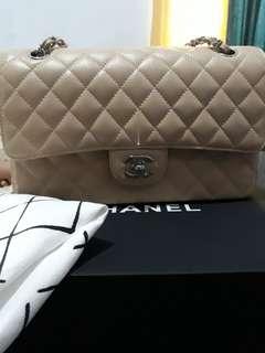 Chanel medium beige caviar #21
