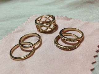 5 pcs gold stack rings - size 6