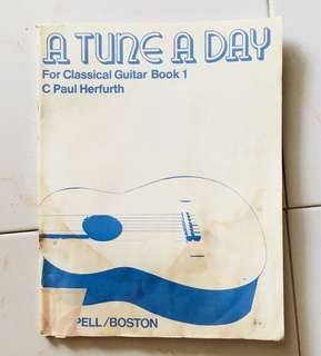 A Guitar A Day book 1