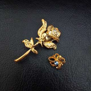Costume Gold Flower Brooch with matching collar pin. Brand new, never used