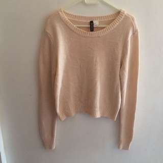 H&M pink knitted sweater