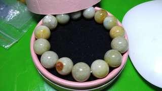 黄翡翠手串 12.9mm 有2料珠有微暇 可拆開重穿