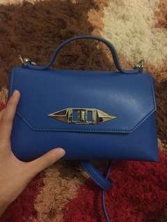 Charles n keith handbag blue