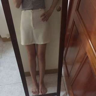清夏好搭白色口袋休閒短裙