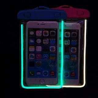 Phone Case WATERPROOF AND GLOW IN THE DARK