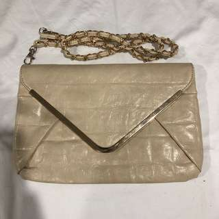 Colette Cream/Neutral Clutch