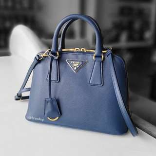 Authentic Prada Saffiano Lux Bluette BL0838