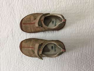 Preloved Carter's Boy Toddler shoes