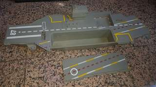 Aircraft carrier toy model