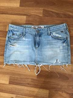 Hollister short skirt size5