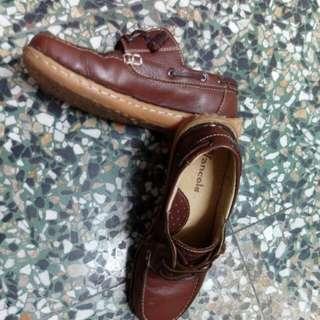 鞋子23號