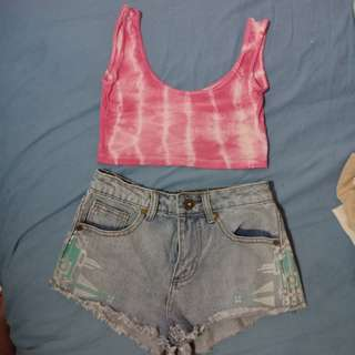 Crop top x Highwaisted shorts