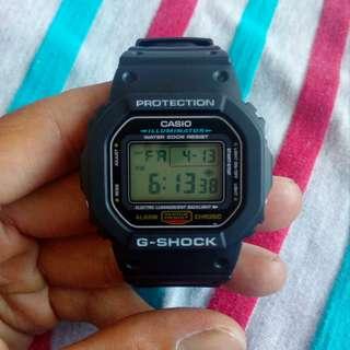 CASIO G-SHOCK DW-5600E -1V