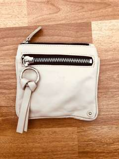 Chloe coins holder