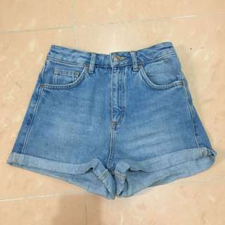 Topshop high waist shorts Size 32 Fit waist 60-62cm