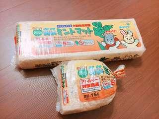 日本 Marukan 小動物木屑 松木屑 薄荷消臭木屑 倉鼠 買一送一 壓縮木屑