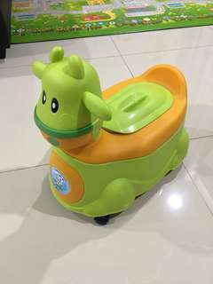 Cute baby Potty with wheels/ Training Toilet