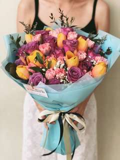 Large Tulips, Kenya Roses & Carnations Bouquet
