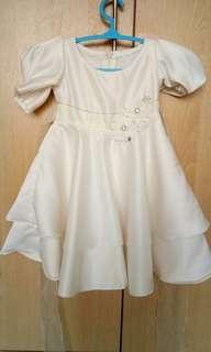 DRESS TAILORMADE (ELAINE MINAZ INSPIRED)
