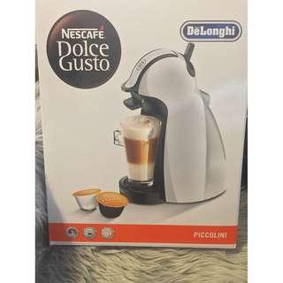 Dolce Gusto (Delonghi) Piccolini Capsule Coffee Machine - EDG 100W