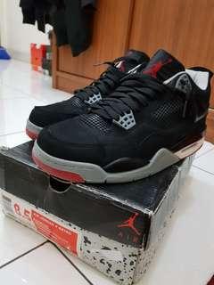 Air Jordan 4 Bred UA