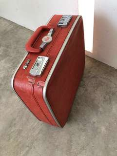 Rental /sale Vintage suitcase with snap on clasp lock antique
