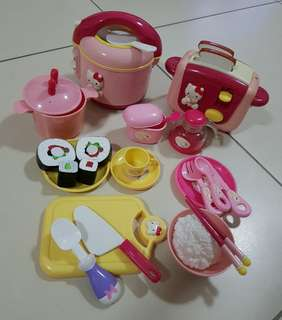 Assorted children cooking set!! (Hello Kitty/Mickey Mouse)