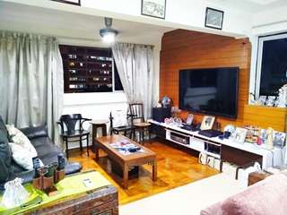 5rm Point Blk for sales in 110 Bukit Batok - 8 mins walk to MRT Station