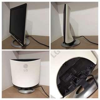 """LG Monitor 17"""" TFT LCD"""
