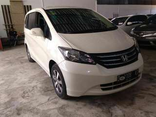 Honda Freed PSD at 2011 putih